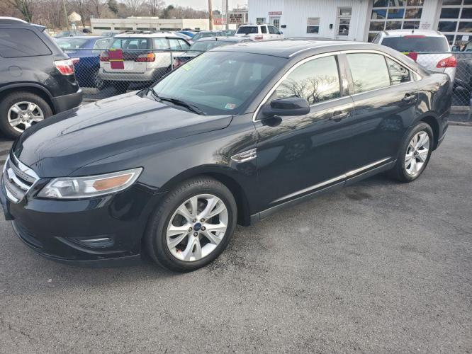 2011 BLACK FORD TAURUS SEL (1FAHP2EW3BG) with an 3.5L engine, Automatic transmission, located at 4714 Williamson Rd, Roanoke, VA, 24012, (540) 266-7623, 37.350895, -79.942566 - Photo #0